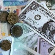 dólar_debilita_euro
